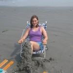 Sarah shows off her sand leggings